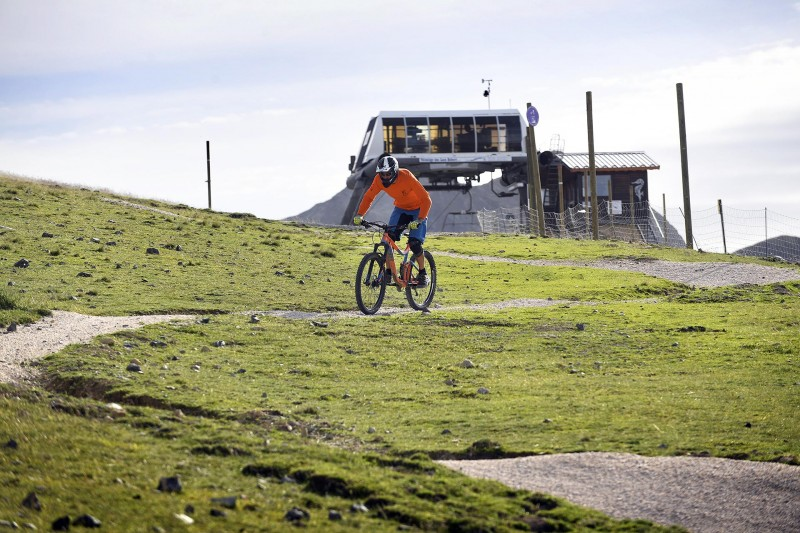 MTB lifts and tracks opening