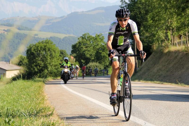 Road bike and electric bike