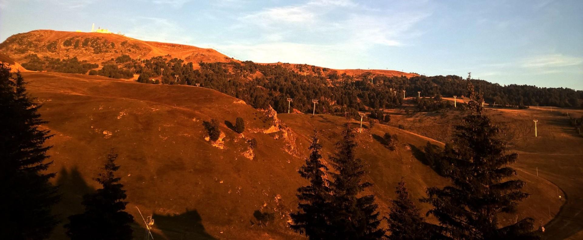 Name Cham-rousse chamrousse ski resort isere french alps