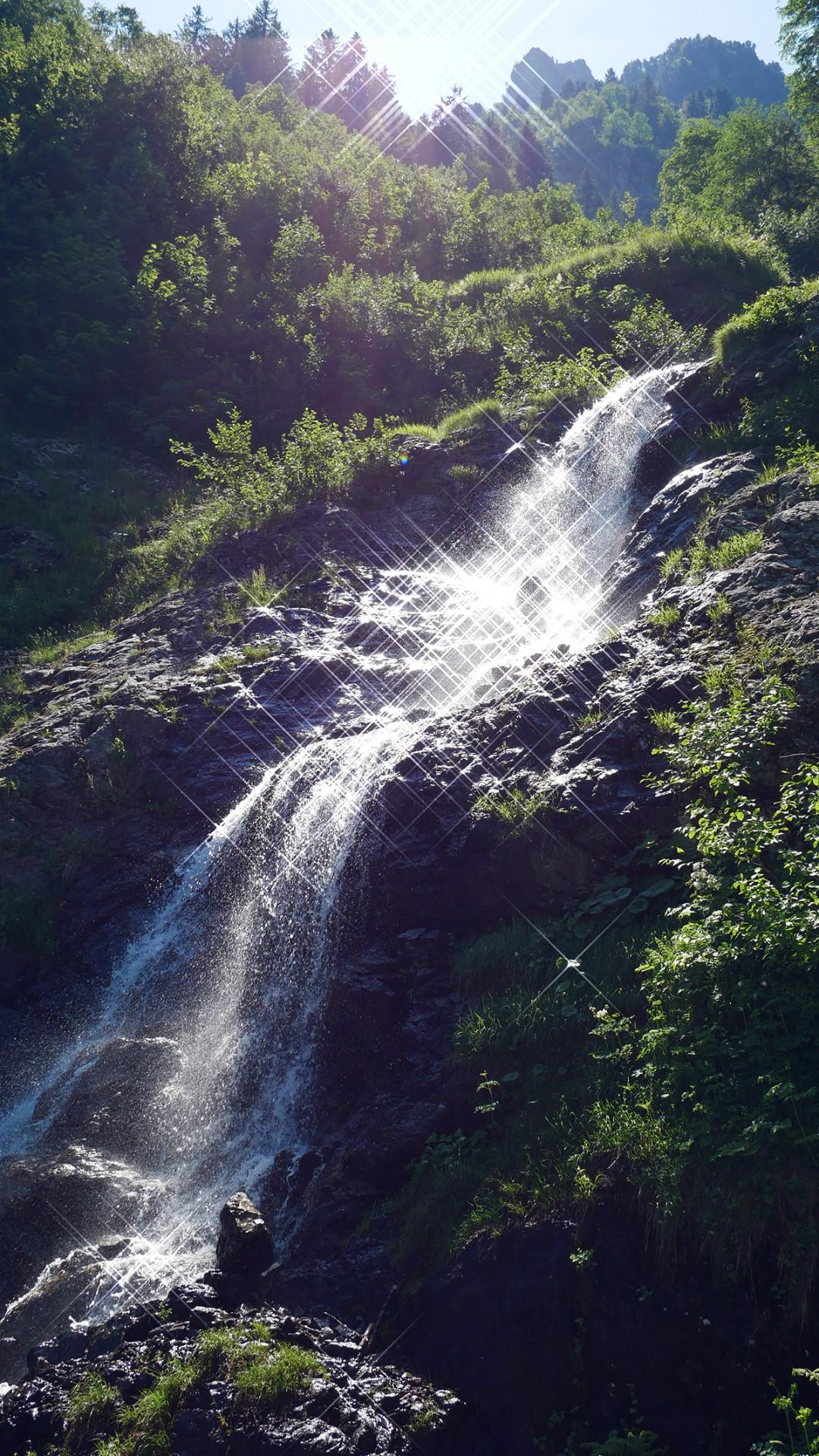 Chamrousse cascade Oursière station montagne été isère alpes france