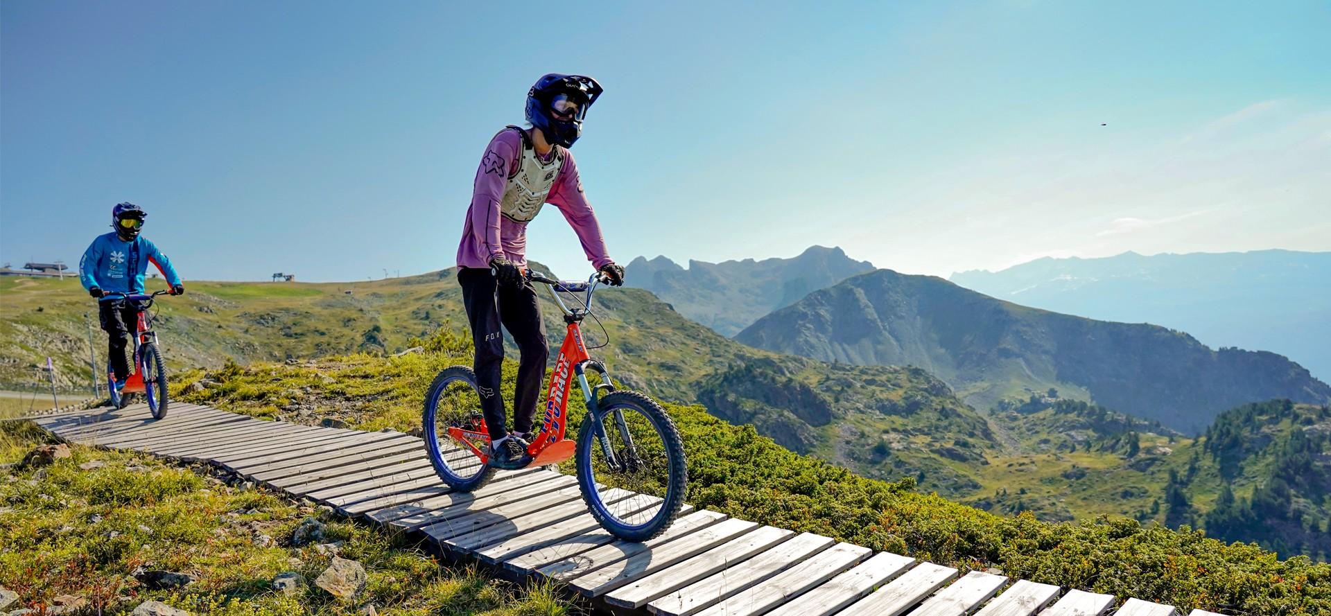 VTT et engin de descente Bike Park Chamrousse