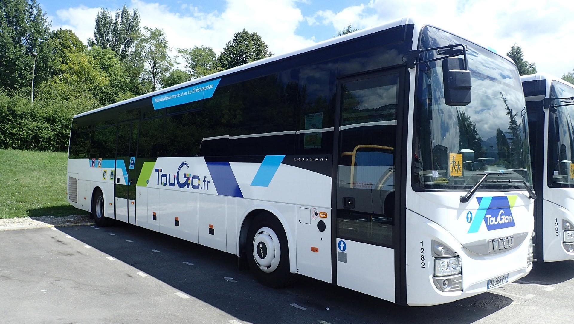 acc s station bus. Black Bedroom Furniture Sets. Home Design Ideas