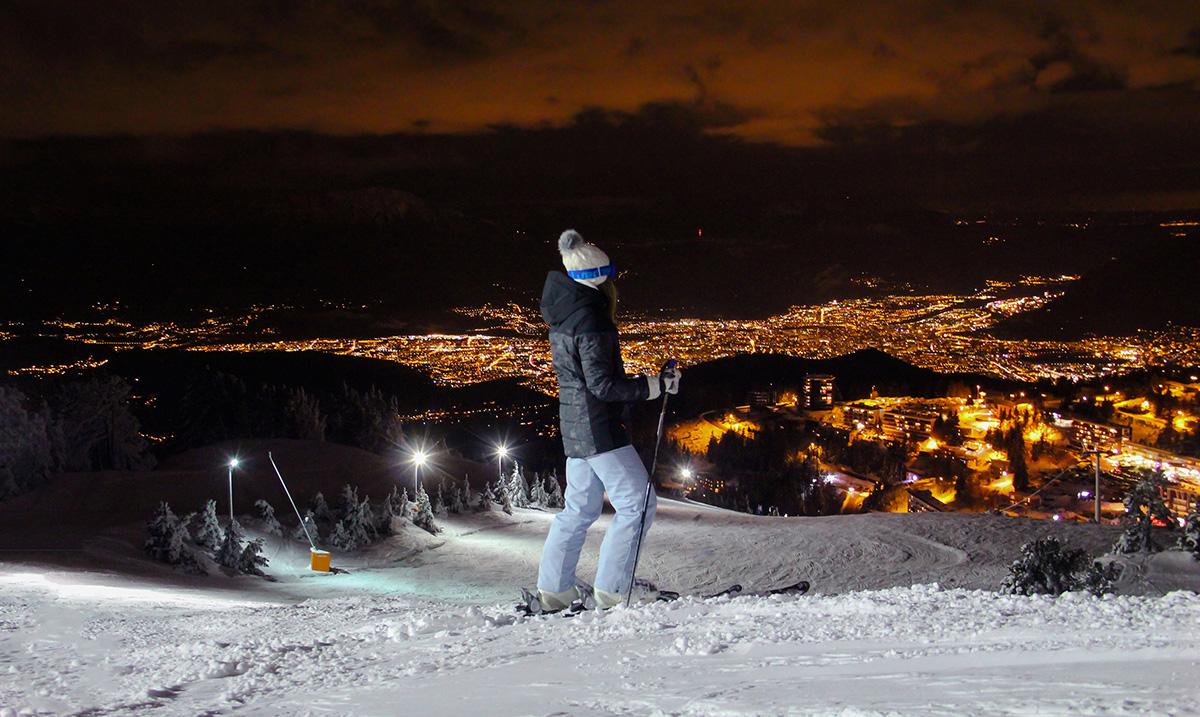 Chamrousse ski nocturne nuit coucher soleil station montagne hiver isère alpes france - © Aeolus Drone