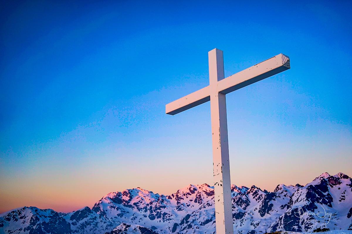 Chamrousse sommet croix station ski montagne hiver isère alpes france - © Julien Jay
