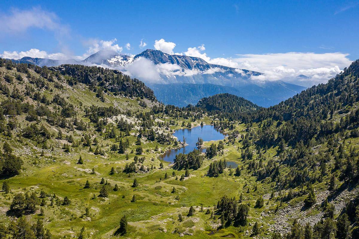 Chamrousse lac achard été environnement station montagne isère alpes france  - © Relief air
