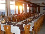 le-chazelet-salle-restauration-avec-vue-327