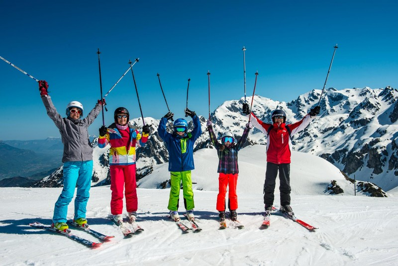 Chamrousse domaine ski alpin forfait journee 4h nocturne station ski montagne isère alpes france