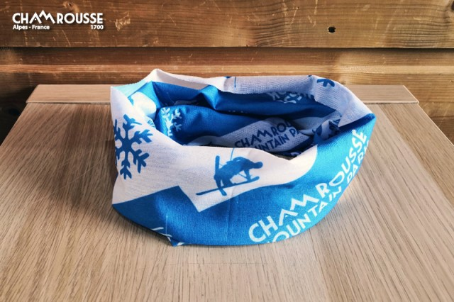 Chamrousse boutique souvenir buff tour de cou station montagne ski isère alpes france