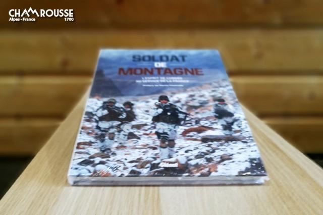 Chamrousse boutique souvenir livre 130 ans troupe montagne militaire soldat chasseur alpin station grenoble ski isère alpes france