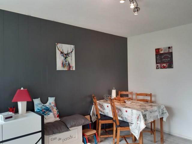 Chamrousse réservation location appartement coin repas 4 personnes 25 m2 résidence claret 108 station montagne ski isère alpes france