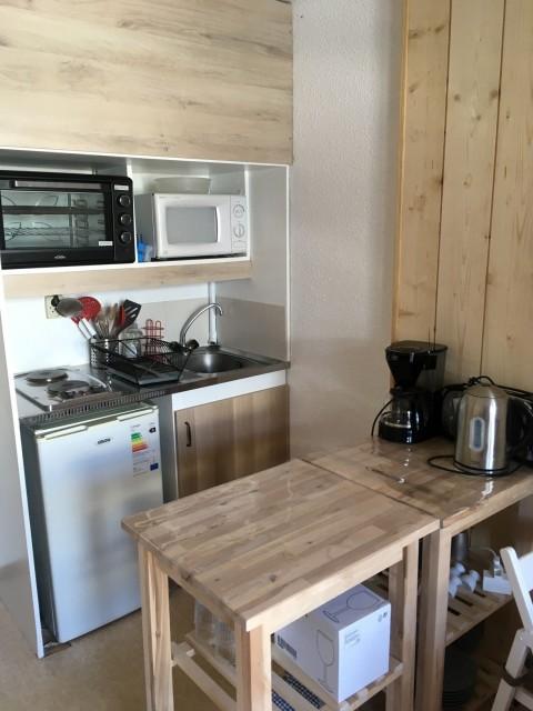 Chamrousse réservation location appartement studio-cabine cuisine 4 personnes 21 m2 immeuble vernon 1118 station montagne ski isère alpes france