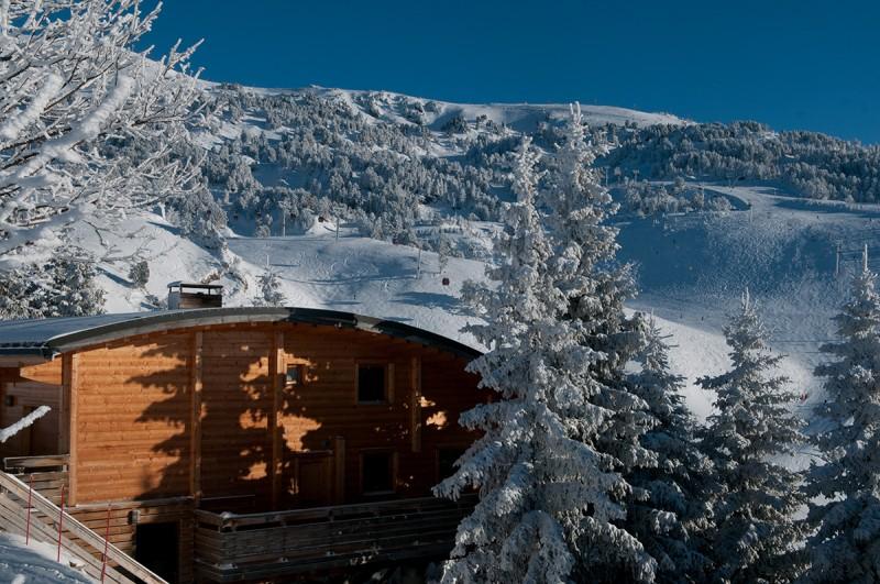 Chamrousse réservation hébergement location station ski hiver isère alpes france